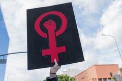 Σημάδι δύναμης γυναικών Στοκ εικόνα με δικαίωμα ελεύθερης χρήσης