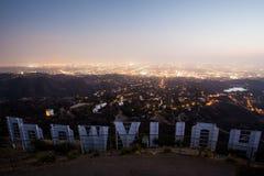 Σημάδι Hollywood τη νύχτα Στοκ Φωτογραφία