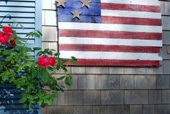 Σημαία και λουλούδια στοκ εικόνες