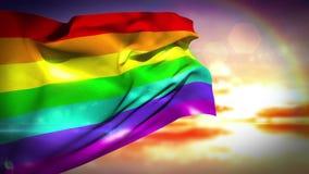 Σημαία ουράνιων τόξων που φυσά στο αεράκι απόθεμα βίντεο