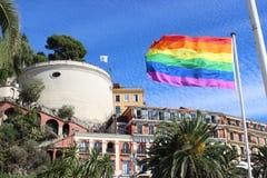 Σημαία ουράνιων τόξων στη Νίκαια, Γαλλία Στοκ Εικόνες
