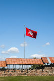 Σημαία στο κάστρο Kaunas, Λιθουανία Στοκ φωτογραφία με δικαίωμα ελεύθερης χρήσης