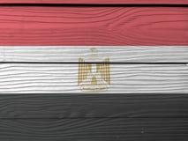 Σημαία της Αιγύπτου στο ξύλινο υπόβαθρο τοίχων Αιγυπτιακή σύσταση σημαιών Grunge στοκ εικόνες