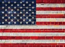 Σημαία της Αμερικής σε έναν τουβλότοιχο Στοκ φωτογραφίες με δικαίωμα ελεύθερης χρήσης