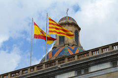 Σημαία της Ισπανίας και της Καταλωνίας, Βαρκελώνη, Ισπανία Στοκ εικόνες με δικαίωμα ελεύθερης χρήσης
