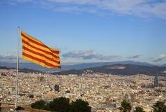 Σημαία της Καταλωνίας σε Montjuic Castle, Βαρκελώνη, Ισπανία Στοκ Εικόνες