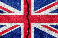 Σημαία της Μεγάλης Βρετανίας, γνωστή ως Union Jack, που χρωματίζεται στο ραγισμένο τοίχο διανυσματική απεικόνιση