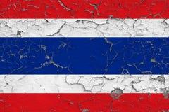 Σημαία της Ταϊλάνδης που χρωματίζεται στο ραγισμένο βρώμικο τοίχο Εθνικό σχέδιο στην εκλεκτής ποιότητας επιφάνεια ύφους διανυσματική απεικόνιση