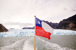 Σημαία της Χιλής στον παγετώνα SAN Rafael, Παταγωνία, Χιλή Στοκ Εικόνα