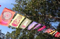 Σημαία του Βούδα, σημαίες προσευχής Στοκ Φωτογραφίες