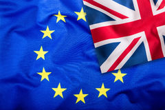 Σημαία του Ηνωμένου Βασιλείου και της Ευρωπαϊκής Ένωσης Βρετανική σημαία και σημαία της ΕΕ βρετανική ένωση γρύλων σημαιών Σημαία  Στοκ Φωτογραφίες