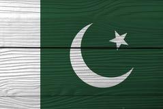 Σημαία του Πακιστάν στο ξύλινο υπόβαθρο τοίχων Πακιστανική σύσταση σημαιών Grunge στοκ εικόνες με δικαίωμα ελεύθερης χρήσης