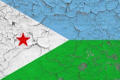 Σημαία του Τζιμπουτί που χρωματίζεται στο ραγισμένο βρώμικο τοίχο Εθνικό σχέδιο στην εκλεκτής ποιότητας επιφάνεια ύφους στοκ εικόνες