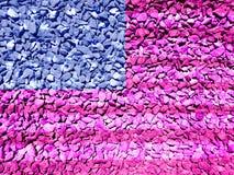 Σημαία των ΗΠΑ που χρωματίζεται σε ένα αμμοχάλικο στοκ εικόνες
