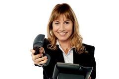 Σημαντική επιχειρησιακή κλήση για σας προϊστάμενος! Στοκ φωτογραφία με δικαίωμα ελεύθερης χρήσης