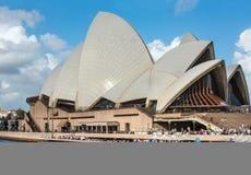 σημαντική όπερα Σύδνεϋ ορόσημων σπιτιών ψυχαγωγίας της Αυστραλίας Στοκ Φωτογραφία