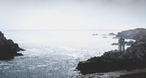 Σηματοφόρος στην είσοδο του λιμένα του Λα Meule στοκ εικόνες