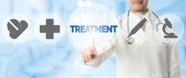 Σημεία γιατρών στην ΕΠΕΞΕΡΓΑΣΙΑ με τα ιατρικά εικονίδια Στοκ Εικόνες