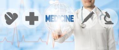 Σημεία γιατρών στην ΙΑΤΡΙΚΗ με τα ιατρικά εικονίδια Στοκ φωτογραφία με δικαίωμα ελεύθερης χρήσης