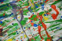 Σημεία που χρωματίζουν το κέρινο αφηρημένο υπόβαθρο watercolor Στοκ φωτογραφίες με δικαίωμα ελεύθερης χρήσης