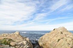 Σημείο Joe, παραλία χαλικιών, Drive 17 μιλι'ου, Καλιφόρνια, ΗΠΑ Στοκ Εικόνες