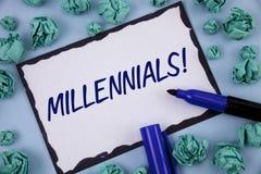 Σημείωση γραψίματος που παρουσιάζει σε Millennials κινητήρια κλήση Παραγωγή Υ το γεννημένο από το 1980 s επίδειξης επιχειρησιακών Στοκ Εικόνες