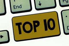 Σημείωση γραψίματος που παρουσιάζει top 10 Ο κατάλογος επίδειξης επιχειρησιακών φωτογραφιών των περισσότερων κινηματογράφων τραγο στοκ φωτογραφίες με δικαίωμα ελεύθερης χρήσης