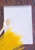 Σημείωση και συνταγή Στοκ εικόνα με δικαίωμα ελεύθερης χρήσης