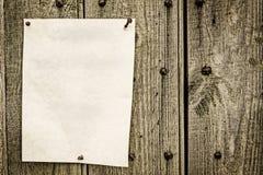 Σημείωση που ταχυδρομείται Στοκ φωτογραφία με δικαίωμα ελεύθερης χρήσης