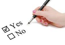 σημείωση χεριών στοκ φωτογραφία με δικαίωμα ελεύθερης χρήσης
