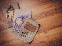 Σημειωματάρια στο πάτωμα στοκ φωτογραφία