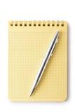 Σημειωματάριο και πέννα. Κορυφαία όψη. Στοκ Εικόνες