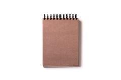 σημειωματάριο με το καφετί έγγραφο τεχνών Στοκ φωτογραφία με δικαίωμα ελεύθερης χρήσης