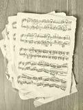 Σημειώσεις μουσικής για παλαιό χαρτί Στοκ Εικόνες