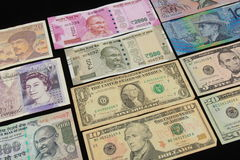 Σημειώσεις παγκόσμιου νομίσματος Στοκ εικόνα με δικαίωμα ελεύθερης χρήσης