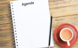 Σημειώστε το προϊόν για το βιβλίο με την έννοια εγγράφου, το αντικείμενο ή το διάστημα αντιγράφων στοκ εικόνες με δικαίωμα ελεύθερης χρήσης