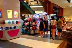 Σιγκαπούρη: Λεωφόρος αγορών Στοκ φωτογραφία με δικαίωμα ελεύθερης χρήσης