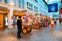 Σιγκαπούρη: Λεωφόρος αγορών Στοκ εικόνες με δικαίωμα ελεύθερης χρήσης