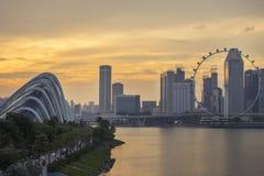 ΣΙΓΚΑΠΟΎΡΗ - τον Αύγουστο του 2016: Ορόσημο της Σιγκαπούρης με το ηλιοβασίλεμα Στοκ φωτογραφίες με δικαίωμα ελεύθερης χρήσης
