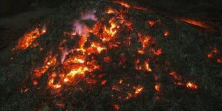 Σιγοκαίγοντας πυρκαγιά Στοκ Εικόνα