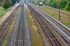 σιδηροδρομικός σταθμός φθινοπώρου Στοκ Φωτογραφίες