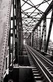 σιδηρόδρομος γεφυρών αναδρομικός Στοκ εικόνα με δικαίωμα ελεύθερης χρήσης