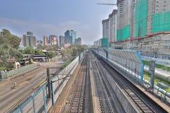 σιδηρόδρομος INTERCITY ΜΕΣΩ του ΤΡΑΙΝΟΥ στο HK στοκ φωτογραφίες