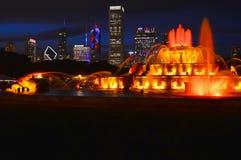 Σικάγο, Ιλλινόις - ΗΠΑ - 2 Ιουλίου 2016: Το το νερό πηγών Buckingham νυχτερινά φως και παρουσιάζουν στοκ φωτογραφίες