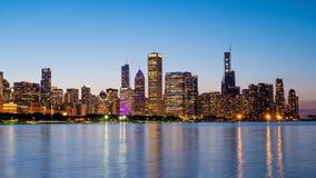Σικάγο - καταπληκτική άποψη πέρα από τον ορίζοντα το βράδυ - ΣΙΚΑΓΟ, ΗΠΑ - 12 ΙΟΥΝΊΟΥ 2019 στοκ φωτογραφίες με δικαίωμα ελεύθερης χρήσης