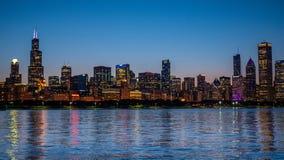 Σικάγο - καταπληκτική άποψη πέρα από τον ορίζοντα το βράδυ - ΣΙΚΑΓΟ, ΗΠΑ - 12 ΙΟΥΝΊΟΥ 2019 στοκ φωτογραφία με δικαίωμα ελεύθερης χρήσης