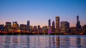 Σικάγο - καταπληκτική άποψη πέρα από τον ορίζοντα το βράδυ - ΣΙΚΑΓΟ, ΗΠΑ - 12 ΙΟΥΝΊΟΥ 2019 στοκ εικόνες