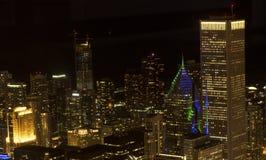 Σικάγο τη νύχτα από τον πύργο Willis Στοκ εικόνες με δικαίωμα ελεύθερης χρήσης