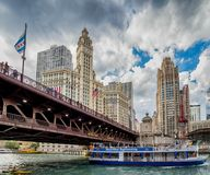 Σικάγο, IL Ηνωμένες Πολιτείες - 3 Ιουλίου 2017: Βάρκα τουριστών στοκ εικόνες
