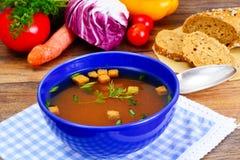 Σισιλιάνα σούπα ντοματών Εθνική ιταλική κουζίνα στοκ φωτογραφία με δικαίωμα ελεύθερης χρήσης